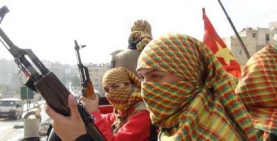 Verschleierte KämpferInnen
